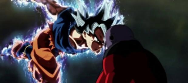 Goku Ultra Instinto frente a Jiren