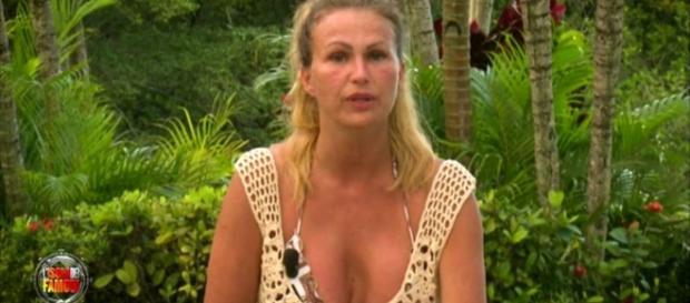 Isola dei Famosi: Eva Henger pronta a far pace con Francesco Monte