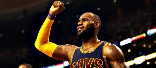 NBA   'Play-offs'   Lebron James lidera la segunda victoria de los ... - rtve.es