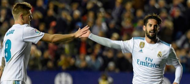 ¿Podrían Isco y Toni Kroos resolver el problema del mediocampo de José Mourinho en Old Trafford?