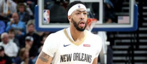 Anthony Davis is a natural target for the Los Angeles Lakers – [Image: Ximo Pierto/NBA]