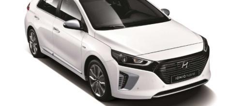 Hyundai Ioniq India Launch At 2018 Auto Expo | MotorBeam - Indian ... - motorbeam.com