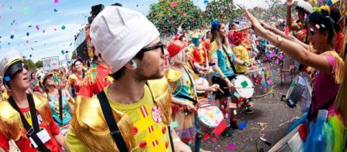 Jovem é morto após flertar em saída de festa Carnaval