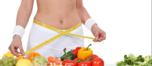 tros estudios han indicado que aquellos que comen rápidamente tienen más probabilidades de tener sobrepeso.