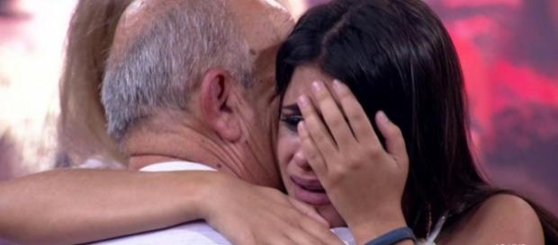 Ana Paula chorou muito ao deixar o BBB18. (Foto Reprodução).