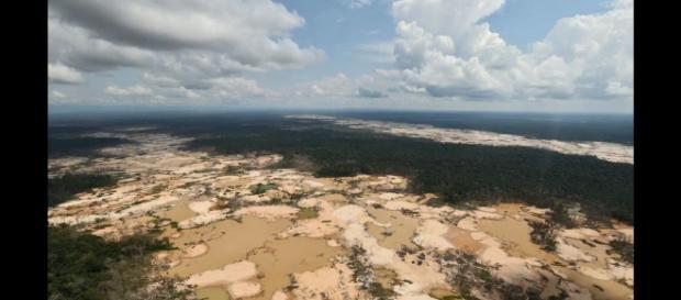Deforestación por minería ilegal en Madre de Dios. Foto: agencia Andina.