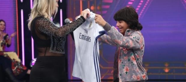Menino Rodriguinho e Kátia Aveiro, irmã de Cristiano Ronaldo no programa ''Hora do Faro''