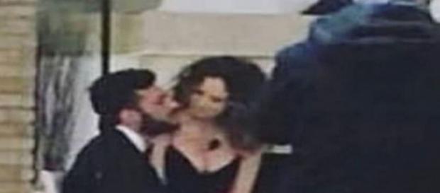 Trono Classico news, Sara Affi Fella beccata in esterna con Lorenzo: i dettagli