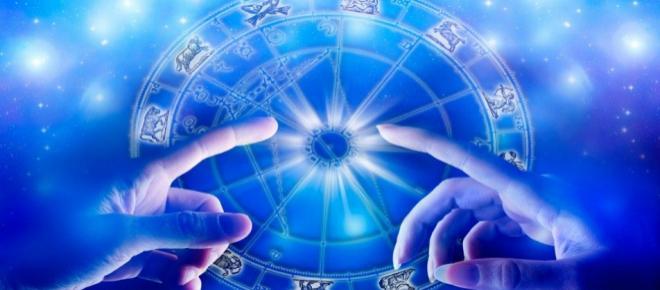 Oroscopo di domani 19 febbraio, previsioni: quattro segni sbancano in amore