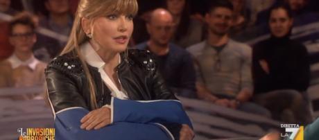 Milly Carlucci piange in diretta tv