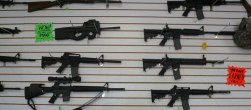 Automatic weapons at gun range, Las Vegas. - [Image credit – Cory Doctorow, Wikimedia Commons]