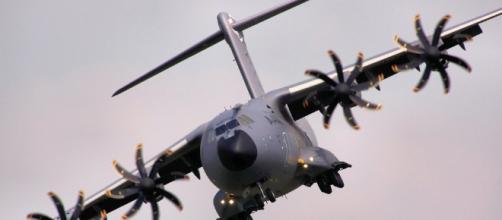 El A400M ha tenido retrocesos a lo largo de los años, el más grave fue un accidente durante un vuelo de prueba en España en 2015