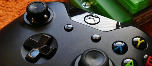 Video games [Image via: InspiredImages on Pixabay]