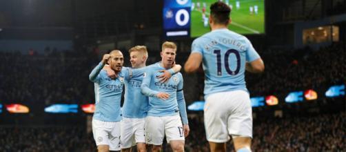 Manchester City en busca de su primer titulo