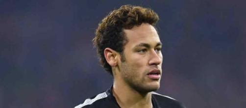 Neymar pensa cada vez mais em ir para o Real. (Foto Reprodução).