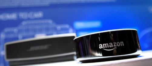O Facebook está assumindo a competição de falantes inteligentes da Amazon, Google e Apple. (Foto Reprodução).