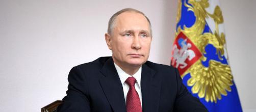 Un sondaggio ha rilevato che l'86% dei giovani russi approva le azioni di Putin. Pare non ci siano dubbi che vincerà nuovamente le presidenziali.