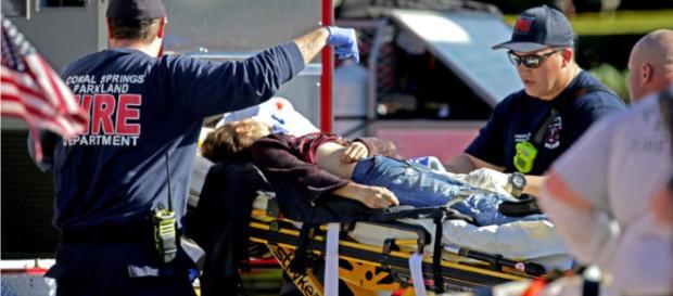Polizei vernimmt den Täter (19) - 17 Tote bei Amoklauf in High ... - bild.de