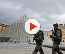 In Francia c'è un numero verde per segnalare i sospetti jihadisti ai militari