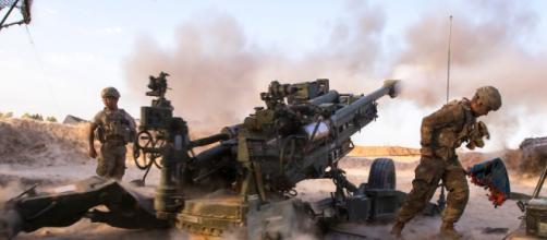 paradutisti americani in azione contro l'Isis (fonte businessinsider.com)