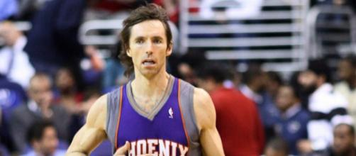 Two-time MVP Steve Nash is one of 13 finalists for the Naismith Basketball Hall of Fame. Image Source: Flickr | Keith Allison