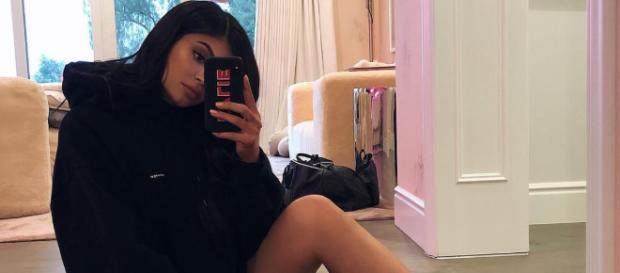 Kylie Jenner is a mom now and she's finding out that it's not as easy as it looks. [Image via Kylie Jenner/Instagram]
