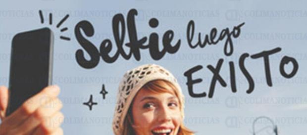 Los selfies definen la existencia de los jóvenes