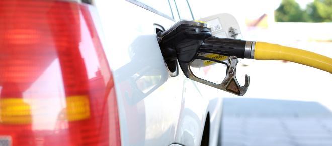 Gasolina 'formulada' comercializada no Brasil traz problemas graves ao veículo