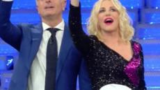 Paolo Bonolis punzecchia Claudio Baglioni su Sanremo 2018, video