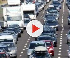 Auto: italiani tartassati, ecco a quanto ammonta il prelievo fiscale sugli automobilisti