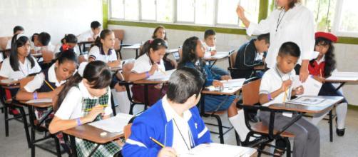 Cómo re-imaginar la educación desde la escuela?