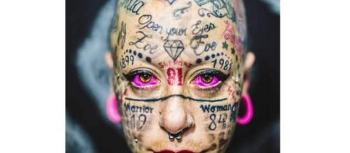 La mujer más tatuada de Europa se arrepiente y borra con láser los ... - europafm.com