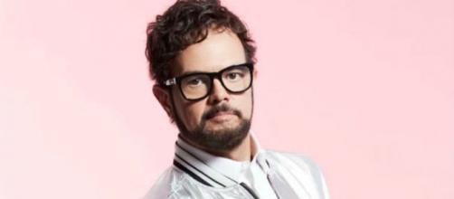 """Ofende a Aleks Syntek que califiquen su música para """"Godínez ... - liderweb.mx"""