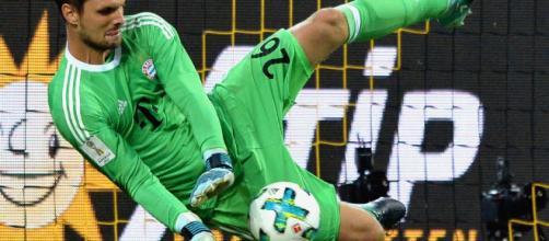 Ulreich en busca de convencer a Low para que lo lleve al Mundial