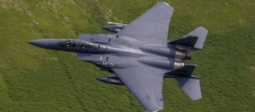 USAF F-15 fighter in flight. - [Image credit -Oxon image-pixabay.com]