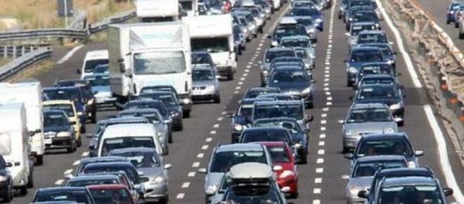 Auto: italiani tartassati, ecco a quanto ammonta il prelievo fiscale