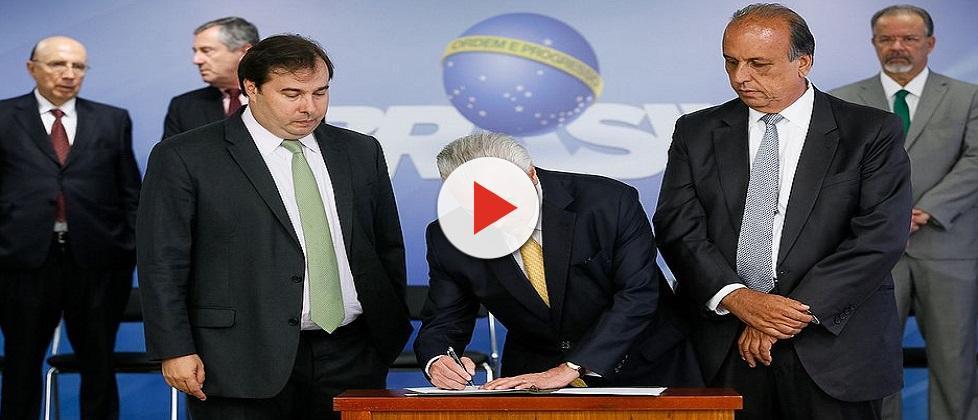 """Temer fala sobre intervenção militar no Rio: """"É hora de reestabelecer a ordem"""""""