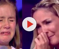 """A participante Bia Rosa chora ao ser eliminada no """"The Voice Kids"""""""