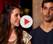 This couple may have just broken the family's rules. [Image Credit: Entertainment Tonight/YouTube]