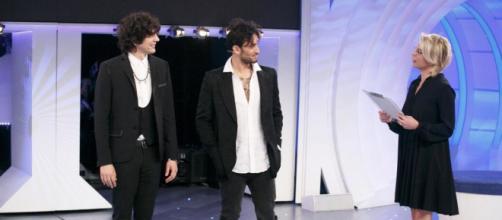 C'è posta per te, Ermal meta e Fabrizio Moro in lacrime