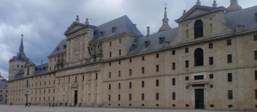 El Monasterio de El Escorial, fachada oeste.