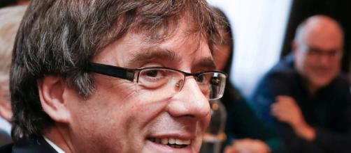 Puigdemont quiere crear un Consejo de la República para gobernar ... - clarin.com