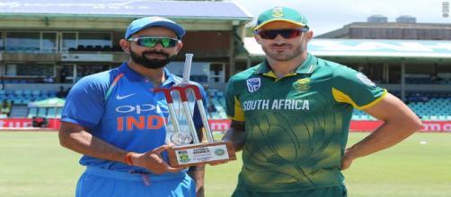 Virat Kohli and SA skipper with the trophy ((Image via BCCI.TV)