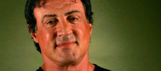 Stallone está vivo, aos 71 anos de idade