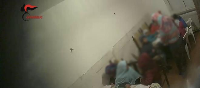 Pordenone: maestra abusiva di arabo bastona i bambini che non imparano