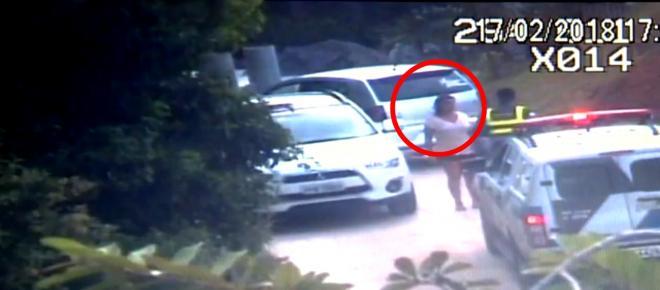 Ricaça abusa de menino dentro de carro de luxo e vídeo comprova tudo