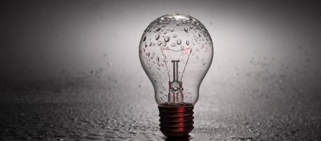Enciende la luz creativa para comenzar tu propio negocio