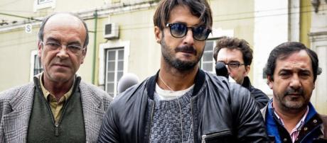 Fabrizio Corona ha lasciato il carcere di San Vittore per recarsi in comunità