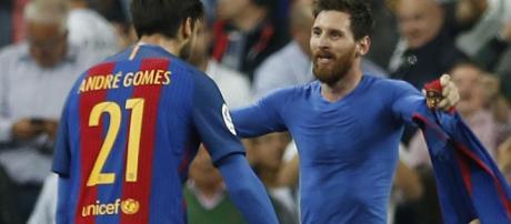 Messi instó a Valverde a no iniciar Dembele en Stamford Bridge
