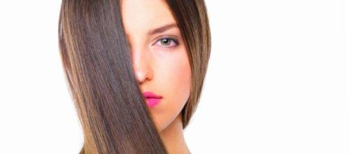 Aumenta el brillo de tu cabello al instante